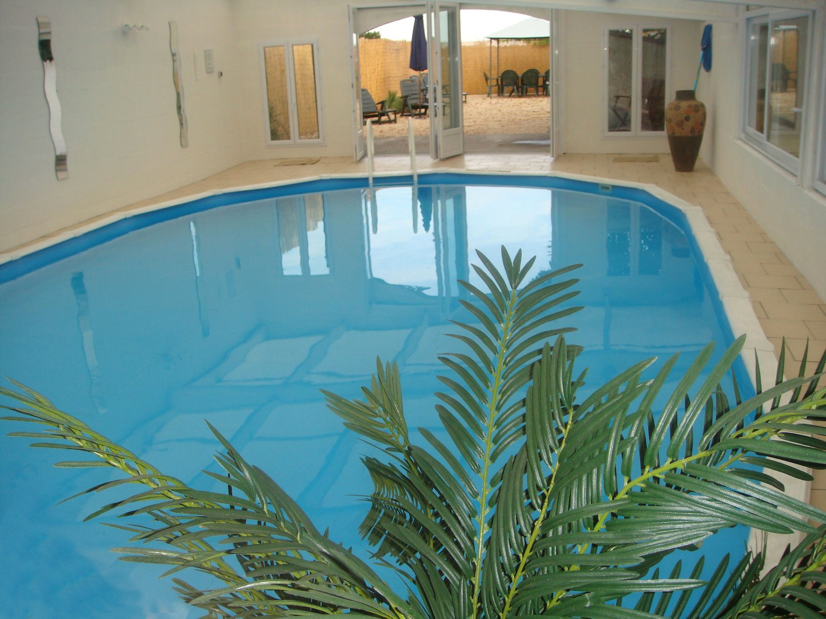 Moulin De Guinche France Holidays Photo Gallery Swimming Pool
